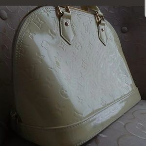 Louis Vuitton Bags - 💯 athuntic 🌺🌺Louis Vuitton Monogram 😘😘😘